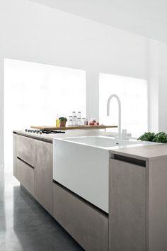 Design of Musa kitchen by Aris Architects for Polaris Cucine Contemporanee Kitchen Flooring, Kitchen Furniture, Kitchen Dining, Kitchen Decor, Modern Kitchen Design, Interior Design Kitchen, Handleless Kitchen, Kitchen Collection, Beautiful Kitchens