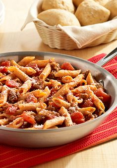 One-Skillet Italian Sausage Pasta – an easy pasta recipe that is ready in 30 minutes.