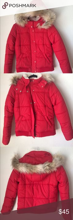 Aèropostale Red Puffer Jacket A perfect statement, winter jacket that will keep you warm on these cold, windy days! ☃️The shell, lining, and insulation of the jacket is made of 100% Polyester. There is a white, faux fur lining along the collar of the jacket. It also has a brown, fuzzy, faux fur lining along the hood that does detach, but the hood itself does not completely detach. Aeropostale Jackets & Coats Puffers