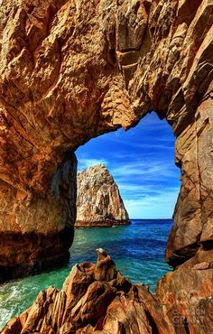 The Great Arch 'El Archo' at Lands End, Cabo San Lucas, Mexico