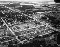 Vue aérienne du boulevard Laurier à Sillery en 1949. L'occupation des lots bordant le boulevard y est essentiellement de nature résidentielle. (Vue aérienne de Sillery, 1949, AVQ, Fonds de W.B. Edwards inc., P012-N023842) Wilfrid Laurier, Sainte Foy, Chute Montmorency, Quebec Montreal, Chateau Frontenac, Le Petit Champlain, City Photo, Occupation, Images