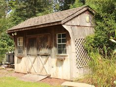 Before picture of my old and weathered shed.