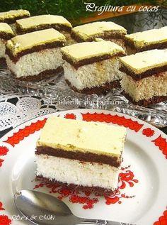 » Prajitura cu cocosCulorile din Farfurie Romanian Desserts, Savoury Cake, Soul Food, Vanilla Cake, Biscuits, Caramel, Sweet Treats, Cheesecake, Food And Drink
