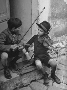 Gypsy children playing violin in street -   I love the sound of the violin -   classical or fiddle