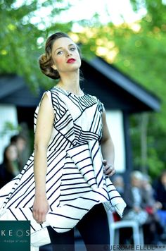 Tops, Women, Fashion, Pageants, Moda, Fashion Styles, Fashion Illustrations, Woman