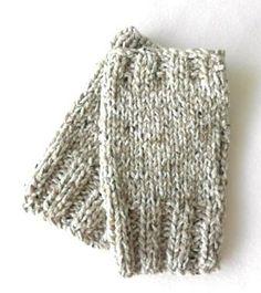 Ravelry: Mens fingerless gloves (2 needles) pattern by V Vicatos