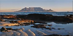 Blouberg Beach, Table Mountain at sunset, Tableview South Africa