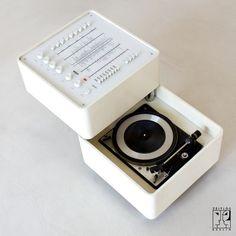 Wega 3300 Hi-Fi System by Verner Panton - Image 4