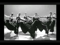 Martha Graham Dance - seminal artist Graham appears in this clip Tap Dance, Dance Moves, Ballet Dance, Gabriel, New Shadow, Martha Graham, Lindy Hop, Dance Movement, Yoga For Flexibility