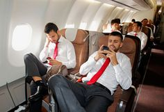 Cesc Fabregas & Gerard Pique. Seriously FC Barcelona ... can i be on that plane right in between the 2 of you?? pleaseee?