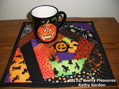 WICKED MUG RUG TUTORIAL- Neat quilt as you go method!