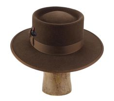size 7 dress weight rabbit fur felt pork pie / telescope crown flat bound brim 2 fine grosgrain ribbon hatband w/custom feather lambskin sweat Fancy Hats, Cool Hats, Straw Fedora, Fedora Hat, Mens Cowboy Hats, Fedora Fashion, Pork Pie Hat, High Hat, Hats For Men