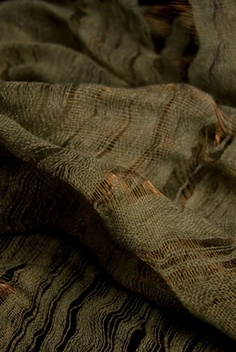 copper and linen weaving by textile designer Emma Fallon @ the spinning tree