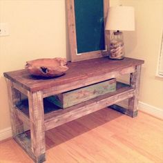 Image from http://www.99pallets.com/wp-content/uploads/2014/10/pallet-side-table-2.jpg.