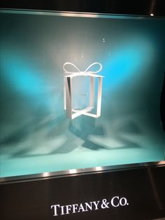 "TIFFANY&CO., Britomart, Auckland-City, New Zealand, ""A very small box that's the perfect answer to a very big question"", uploaded by Ton van der Veer"