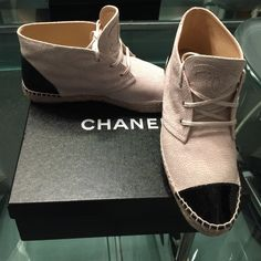 ❗️1 HR Sale💥Authentic Chanel shoes  espadrilles New with box 💥 size 41 /11  for size 10 person 🚦sold out item 🚥ask if u have questions plz 💞price is  Firm 👈👈👈 CHANEL Shoes