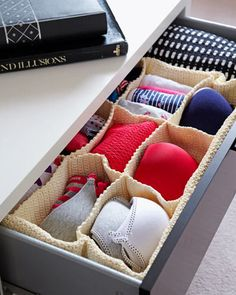 Organise your underwear, socks and tights in handwoven storage with compartments and save yourself from frantic searches in a messy drawer. Youll never wear odd socks again! My New Room, My Room, Space Saving Bedroom, Discount Bedroom Furniture, Dream Bedroom, Home Organization, Organizing Ideas, Apartment Living, Getting Organized