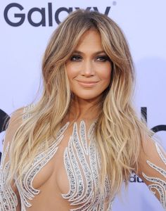 Jennifer Lopez: & going to be the best J.Lo show you& ever seen and heard& Jennifer Lopez Jennifer Lopez Hair Color, Hair Styles 2016, Long Hair Styles, Blonde Hair With Roots, High Fashion Hair, Fall Hair Cuts, Fresh Hair, Long Layered Hair, Light Brown Hair