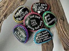 U pick message stones - made to order diy painted stones Pebble Painting, Pebble Art, Stone Painting, Diy Painting, Rock Painting Ideas Easy, Rock Painting Designs, Stone Crafts, Rock Crafts, Rock Sayings
