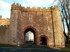 Torre Abbey in Torquay, Torbay Visit Devon, Torquay Devon, Devon Coast, South Devon, Devon And Cornwall, Gate House, Largest Countries, Holiday Destinations, Renting A House