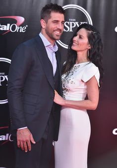 Aaron Rodgers Photos - Football player Aaron Rodgers and actress Olivia Munn attend the 2016 ESPYS at Microsoft Theater on July 13, 2016 in Los Angeles, California. - The 2016 ESPYS - Arrivals