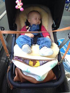 Even the babies sleep better with a Yemoja bag