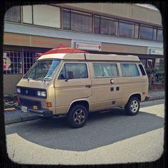 East Van VW Vanagon spotto.