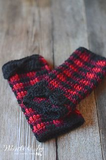 Ravelry: Plaid Arm Warmers pattern by Bethany Dearden. Matching cowl pattern available.