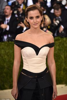 Simply stunning: The 26-year-old actress took a fashion risk that most certainly…