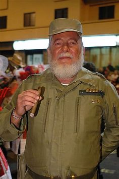 """Grupo Mascarada Carnaval: El Fidel del Carnaval: """"Merece todo mi respeto"""""""