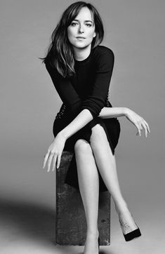 Dakota Johnson model fifty Shades Darker Feb.2017