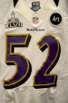 The Ravens will be wearing their white jerseys for Super Bowl XLVII.this one of course, will be worn by the legendary Ray Lewis! Baltimore Ravens, Baltimore Maryland, Ravens Players, Nfl Ravens, Ray Lewis, Sports Figures, National Football League, Football Team, Super Bowl