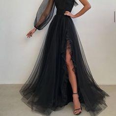 Stunning Prom Dresses, Pretty Prom Dresses, Elegant Dresses, Homecoming Dresses, Beautiful Dresses, Tight Dresses, Ball Dresses, Ball Gowns, Tomboy Dresses
