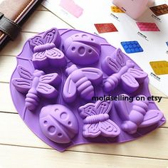8 Cavity Silicone Insect Butterfly Ice Cube Chocolate Cake Soap Mold Baking NEW Ice Cube Chocolate, Chocolate Candy Cake, Chocolate Bonbon, Chocolate Molds, Chocolate Pudding, Bolo Floral, Floral Cake, Chocolates, Fondant Molds