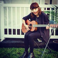 Lauren mayberry of chvrches acoustic guitar (love)