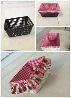 Uma cesta de plástico que se transforma num cesto de tecido