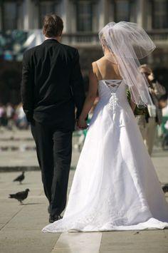 courthouse wedding tips!