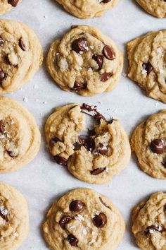 The Easiest Chocolate Chip Cookies - Katiebird Bakes (melted butter cookie recipe, stays soft in the middle) Chip Cookie Recipe, Biscuit Recipe, Cookie Recipes, Dessert Recipes, Easiest Cookie Recipe, Dessert Ideas, Homemade Chocolate Chip Cookies, Chocolate Peanut Butter, Chocolate Chocolate