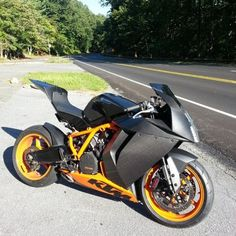 KTM Carbon RC8R.. CLICK the PICTURE or check out my BLOG for more…