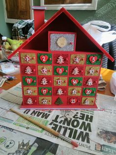 Today I'm going to be teaching you how to decorate a wooden advent calendar. It can be a little intimidating before you begin, but it's really easy! You can do it with the kids :…