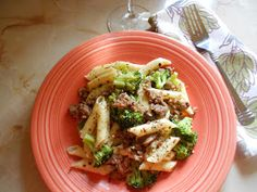 Popcorn and Pearls: Simple Suppers - Pasta With Turkey and Broccoli Gf Recipes, Pasta Recipes, Dinner Recipes, Cooking Recipes, Healthy Recipes, Healthy Meals, Good Food, Yummy Food, Yummy Yummy