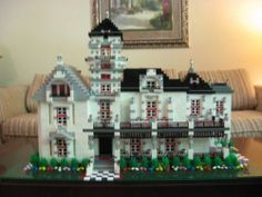 Carson Mansion: A LEGO® creation by Kevin Kerry : MOCpages.com