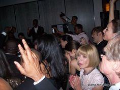 met-gala-2010-anna-wintour-dancing-glamazons-blog Art Costume, Costumes, Anna Wintour, Costume Institute, Naomi Campbell, Special People, Oprah, Hair Pieces, Dancing