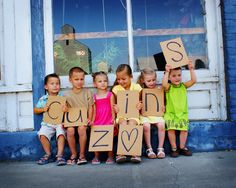 3 Cowboys and a mommy: SUYL: Fav Kid/Family Picture Ideas