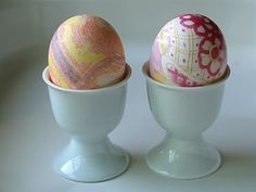 Wow - silk dyed Easter eggs!!!!