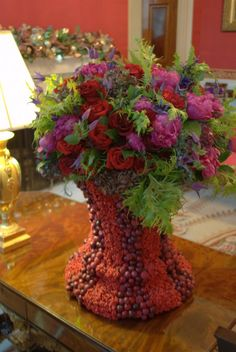 Bouquet of Red and Magenta Roses in the White House for Christmas - 2015