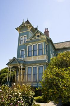Google Image Result for http://images.wikia.com/home/images/5/52/Victorian_Pitkin_House.jpg