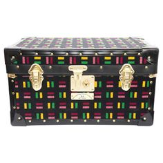 This exclusive trunk, created by the Cambridge Satchel Company in collaboration with London Transport Museum, is the ideal gift for someone who needs more storage space. Featuring carry handles, a lock and a spacious interior this is the ideal item to have in your home to give any excess clothes, accessories or electronics a home.