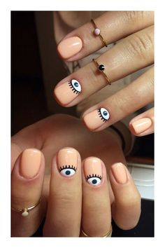 Semi-permanent varnish, false nails, patches: which manicure to choose? - My Nails Cute Nail Art Designs, Ongles Funky, Cute Nails, Pretty Nails, Nagellack Design, Minimalist Nails, Chrome Nails, Dream Nails, Stylish Nails