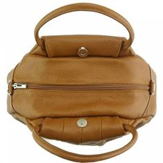 Nahkalaukku Italy Fanny Terra - Julian Korulipas verkkokauppa | Korut ja laukut netistä Sissi, Fashion Backpack, Backpacks, Bags, Italy, Handbags, Dime Bags, Women's Backpack, Totes
